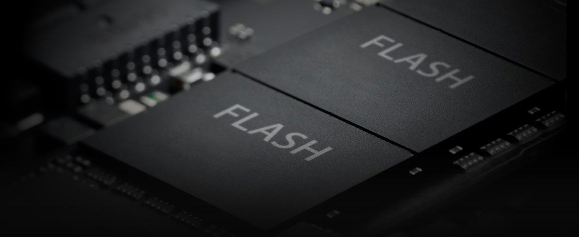 Chuyển dữ liệu nhanh hơn với công nghệ lưu trữ Flash.