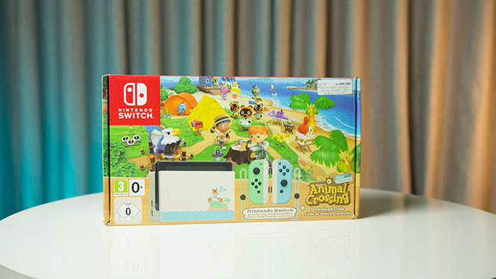 New Nintendo Switch - Animal Crossing New Horizons Edition